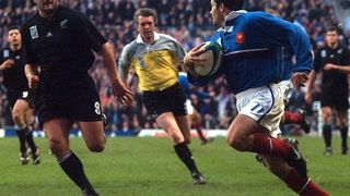 France Best Bits: Dominici scores stunner v New Zealand at Rugby World Cup 1999
