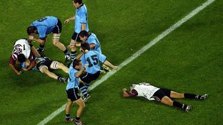 Uruguay Best Bits: Nicolas Brignoni slices through at Rugby World Cup 2003