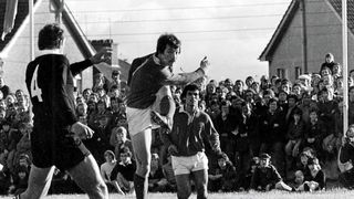 Munster v All Blacks 1978 Donal Canniffe hacks away