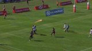Glover's outrageous offload