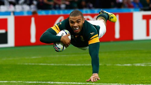 Photo of Bryan Habana diving over to score South Africa's third try against USA at Rugby World Cup 2015