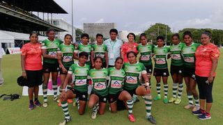 Rasika Thilangani Warakagoda with Sri Lanka women's team