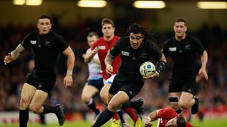Photo of Ma'a Nonu running with the ball for New Zealand against France at Rugby World Cup 2015