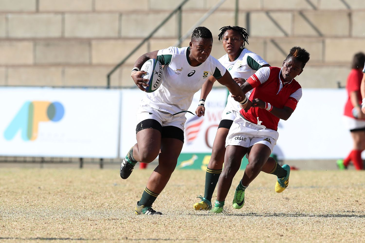 Photo of Babalwa Latsha playing for South Africa against Madagascar at the Rugby Africa Women's World Cup
