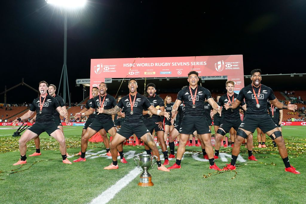 All Blacks Sevens Win First Title In Hamilton Hsbc World Rugby Sevens Series Www World Rugby Sevens Series