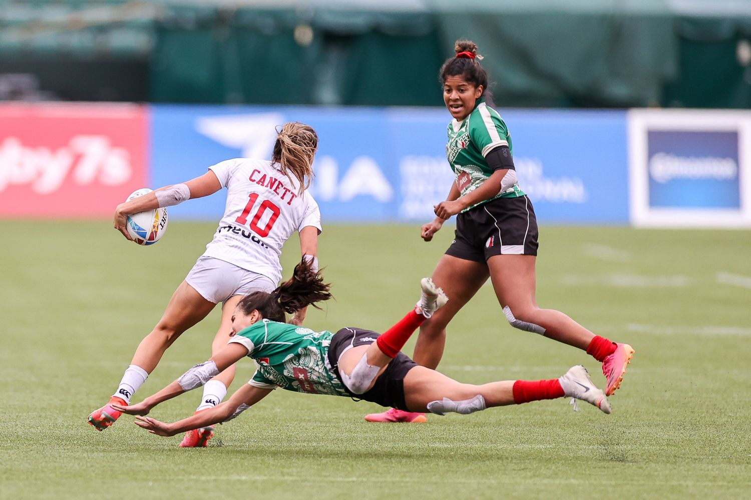 HSBC World Rugby Sevens Series Women's - Day 1