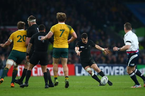 Player Tracking: Dan Carter's amazing drop goal at RWC 2015