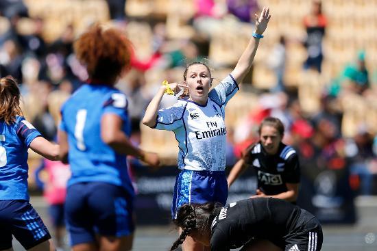 Australian referee Amy Perrett