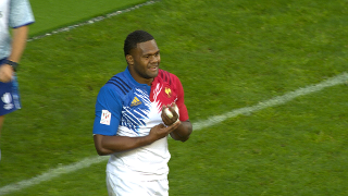 RE:Live - Vakatawa WOWS the home crowd with a stunner in Paris!