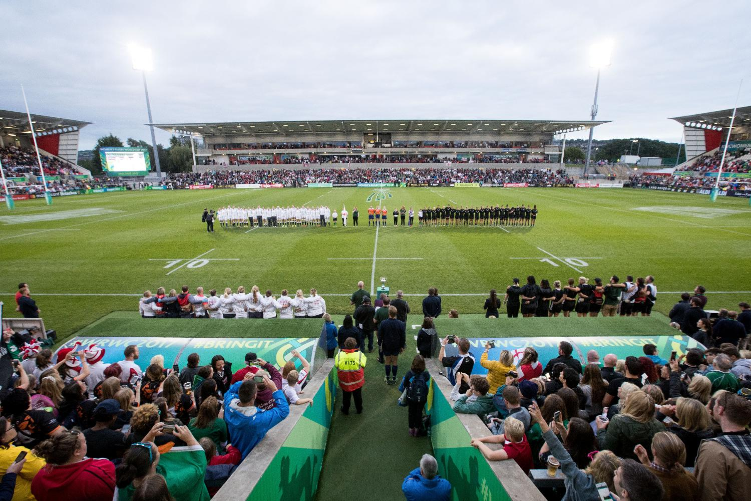 WRWC 2017: England and New Zealand teams durning the anthems